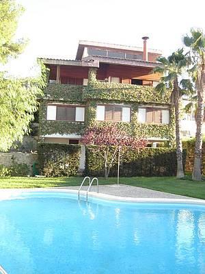 Chalet En Algezares  <span Class='precioportada'> 600.000&euro;</span>